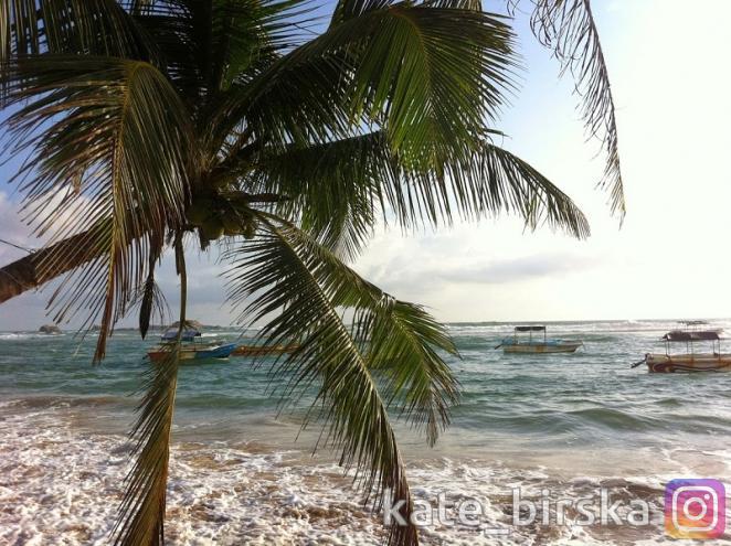 Даже в сезон дождей Индийский океан прекрасен!