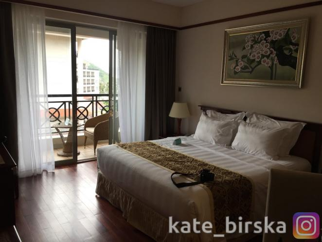 Номер делюкс в отеле Vinpearl Nha Trang Resort