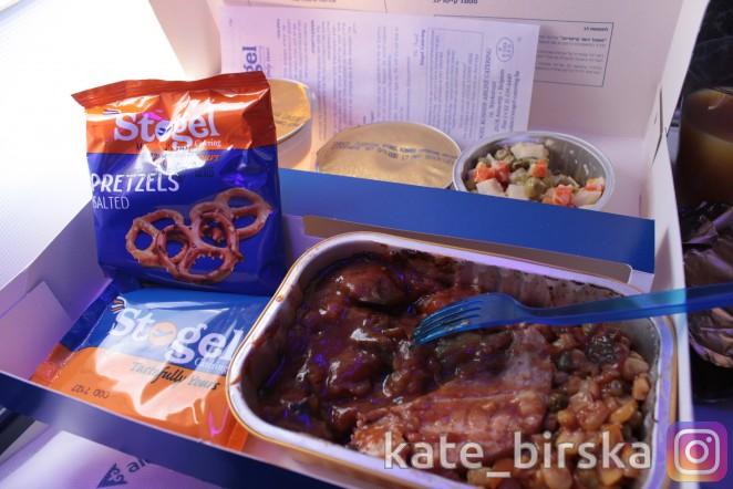 Кошерное меню на борту самолета