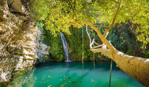 Купальня Афродиты, Достопримечательности Кипра